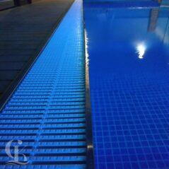 Монтаж оборудования и противотока для обновленного бассейна в Сочи (Фото 2)